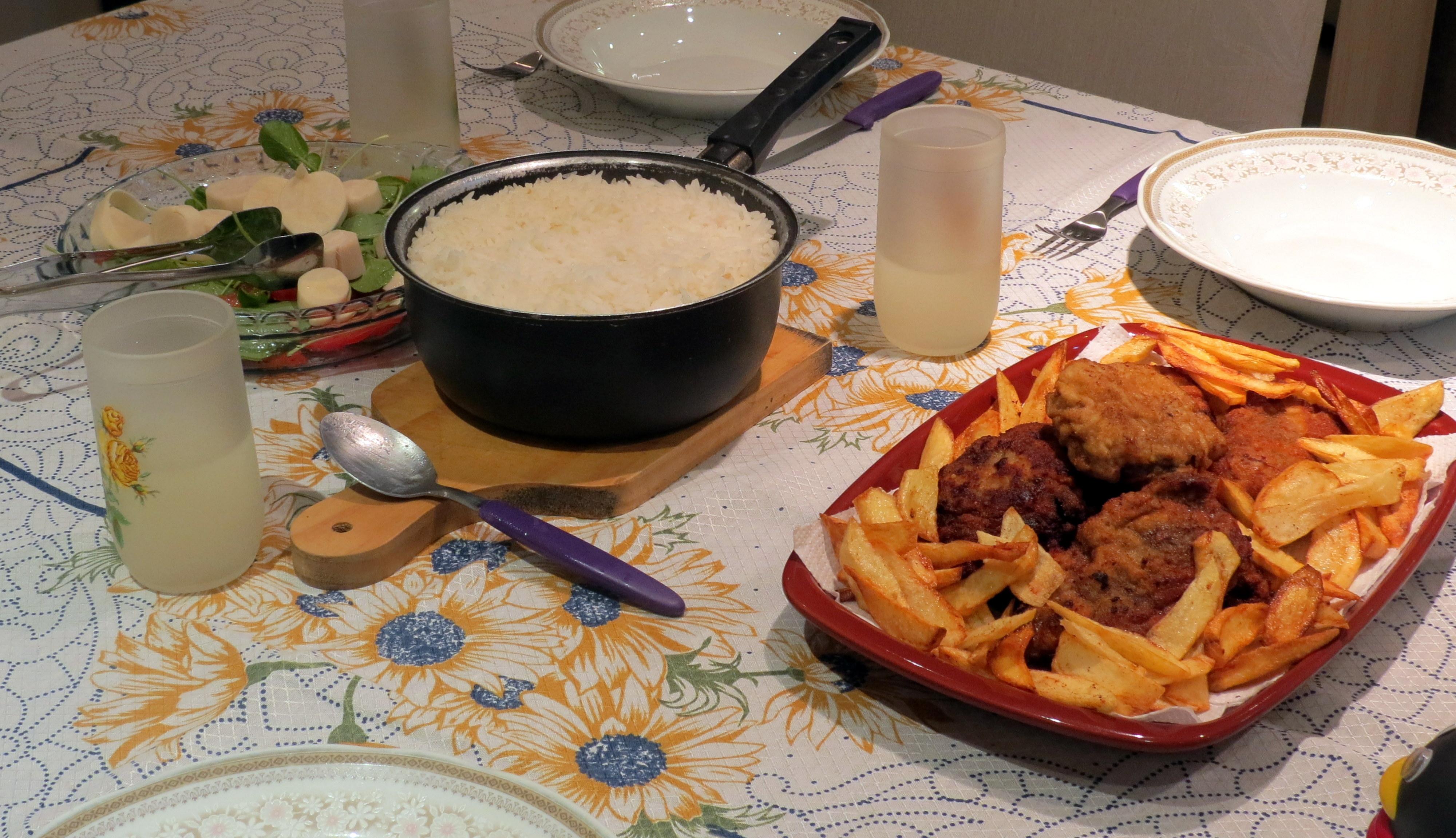 receita carne frango file recheado com carne e queijo batata