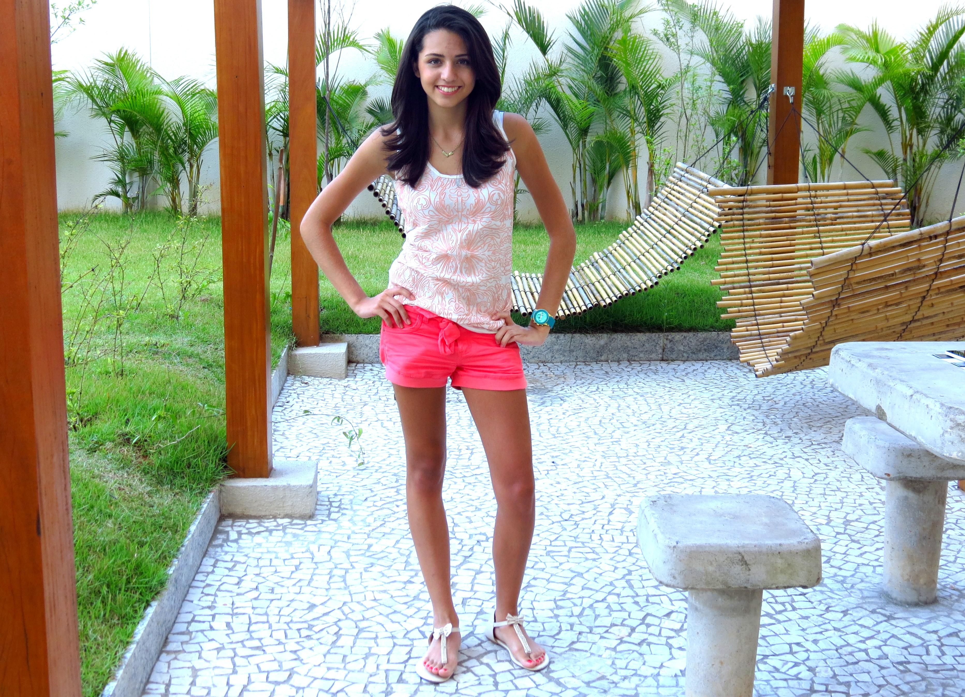 look do dia dia a dia shorts curtos coloridos trend laranja rosa magra  pernas finas elegante 0eb2c3a63fdb2