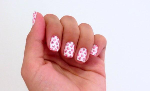 como aplicar como fica protector nail pelicula nas unhas rosas nail art florzinha
